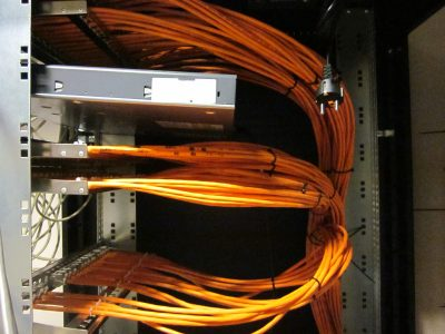 Rede estruturada de informática na sede da Transinsular